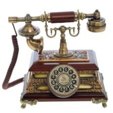 Стационарный телефон в стиле ретро
