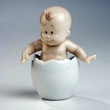 Статуэтка Малыш в яйце