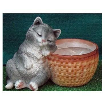 Кашпо «Котёнок спящий у корзины»