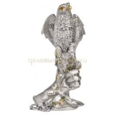 Скульптура Сокол на перчатке