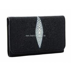 Женский средний кошелек в три сложения из ската