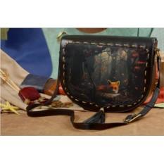 Кожаная женская сумка-седло с принтом