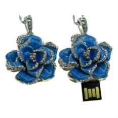 Флешка Роз-подвеска синего цвета