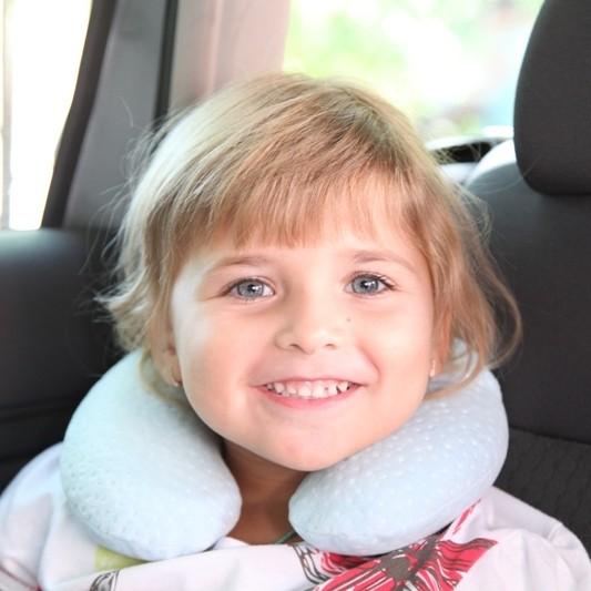 Детская ортопедическая подушка-подголовник