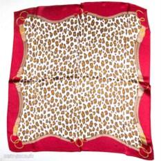 Шелковый платок с упряжью