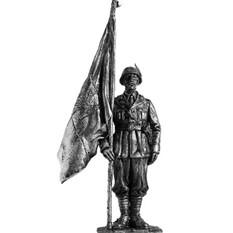 Офицер-знаменосец стрелков. Италия, 1943-45 гг.