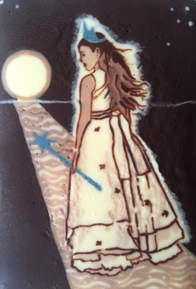 Картина из шоколада Волшебница
