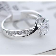 Кольцо с цирконием и кристаллами Серьезные намерения