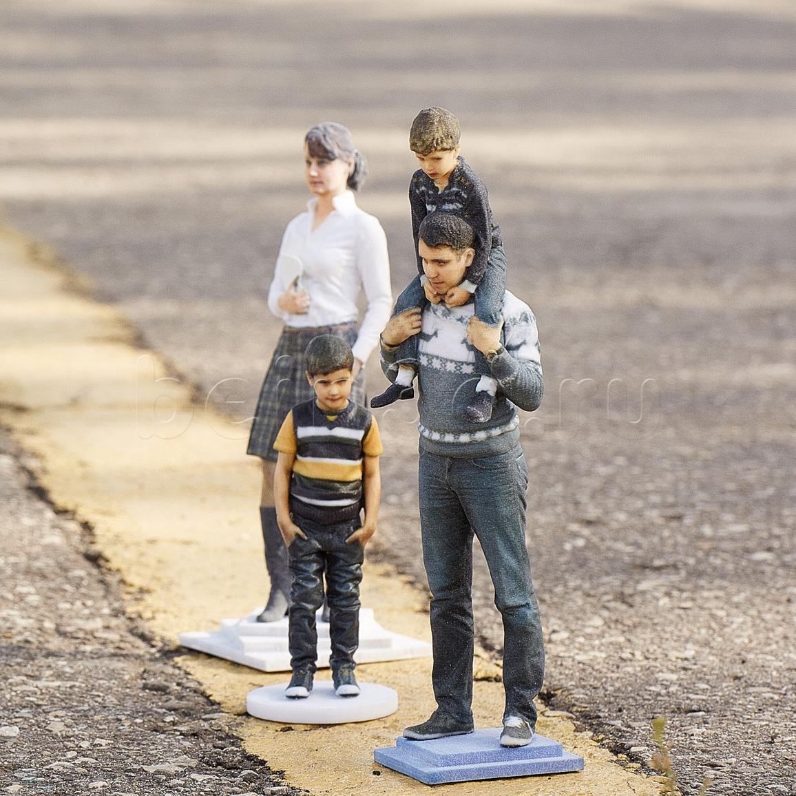 3D фигурка человека – фотография будущего