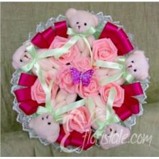 Букет Бабочка в розах из медвежат
