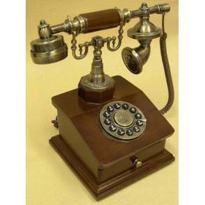 Телефон в стиле ретро Франция