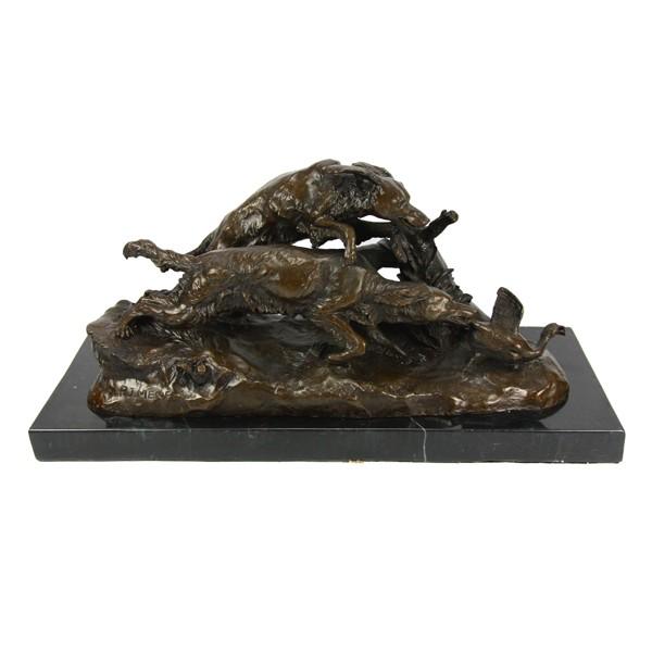 Бронзовая статуэтка Легавые гонятся за уткой