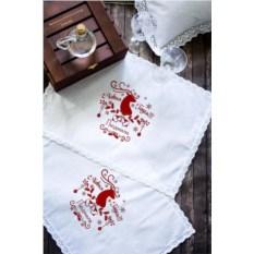 Салфетка с именной вышивкой Ажурный олень