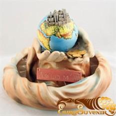 Настольный фонтан Строитель мира