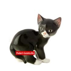 Фарфоровая статуэтка Кошка черная