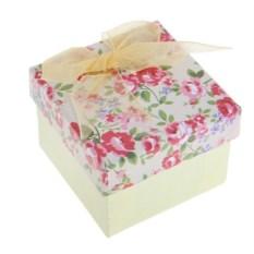 Подарочная коробка под кольцо Бежевые цветы