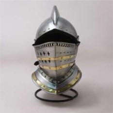 Рыцарский шлем Бургонет