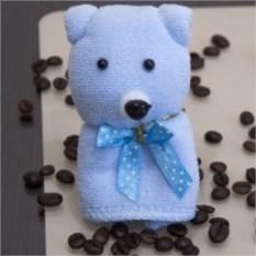 Голубое подарочное полотенце Мишка