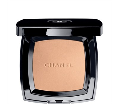 Пудра Chanel Poudre Universelle Compact Clair