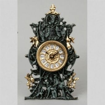 Часы бронзовые интерьерные Сцены охоты
