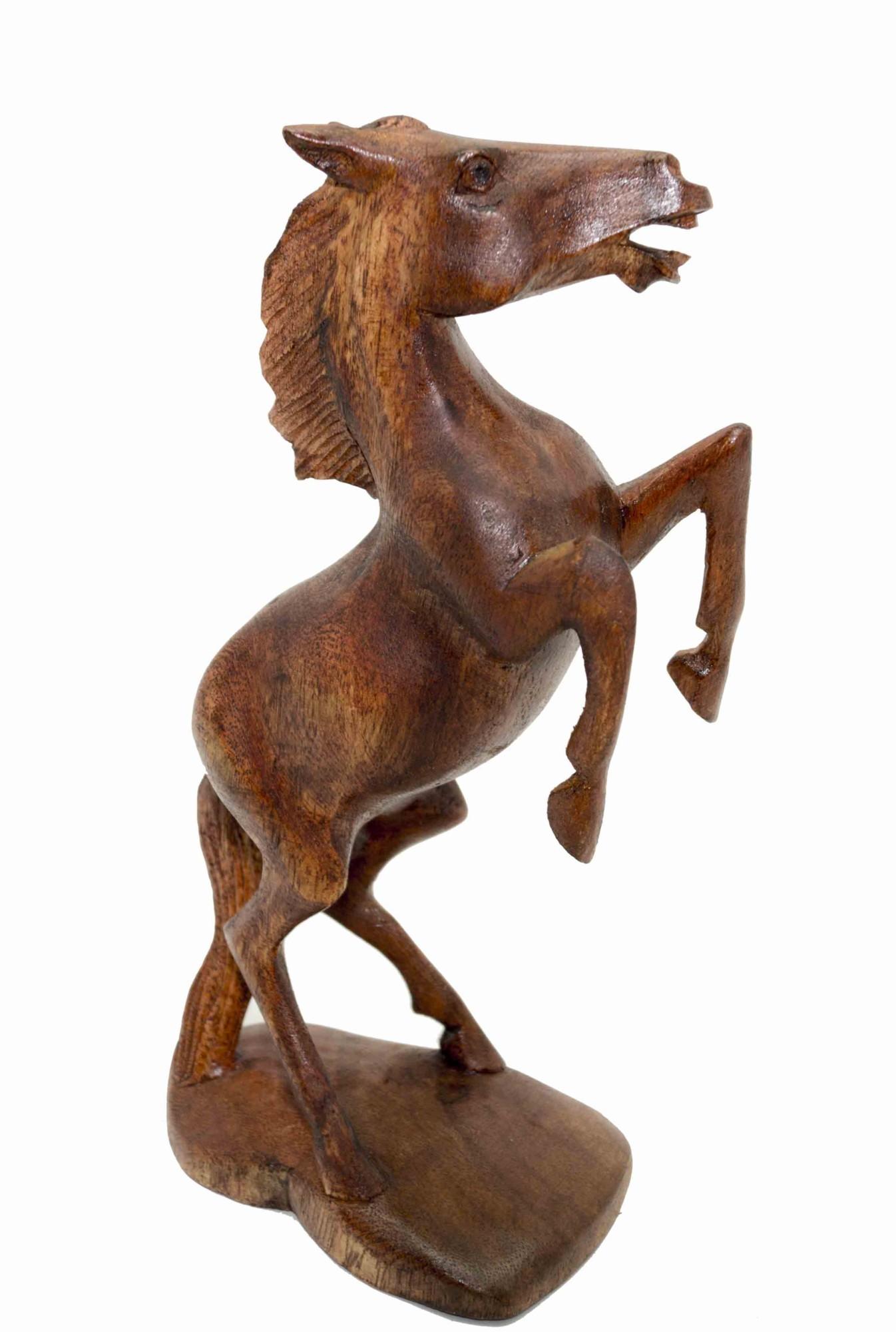 Статуэтка из дерева Лошадь