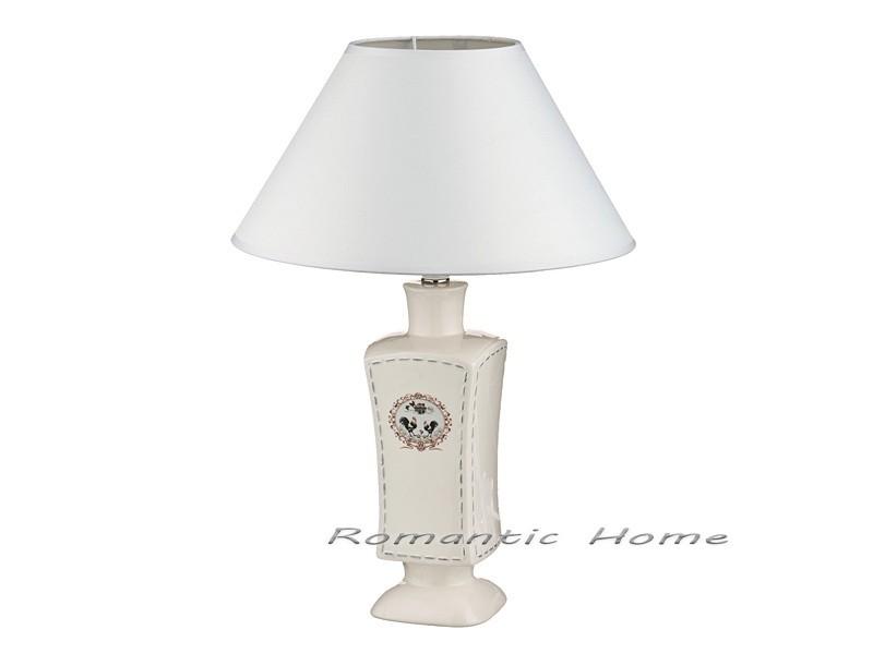Белая настольная лампа с абажуром «Вензель»