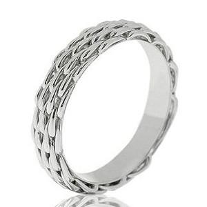 Кольца с бриллиантами TTF Luxury