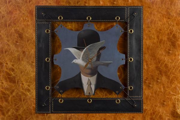 Часы из кожи Человек в котелке