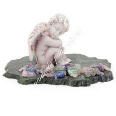Статуэтка на основании из змеевика Ангелочек