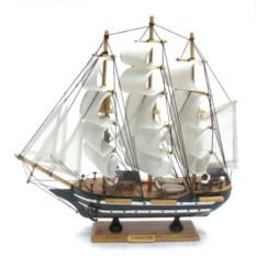 Корабль с белыми парусами Confection