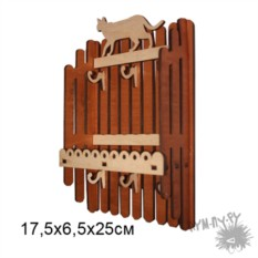 Настенная резная деревянная ключница Заборчик с Кошкой