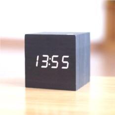 Электронные настольные часы Куб