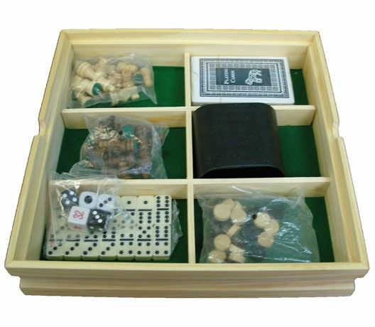 Набор игр шахматы, шашки, домино, карты, кости