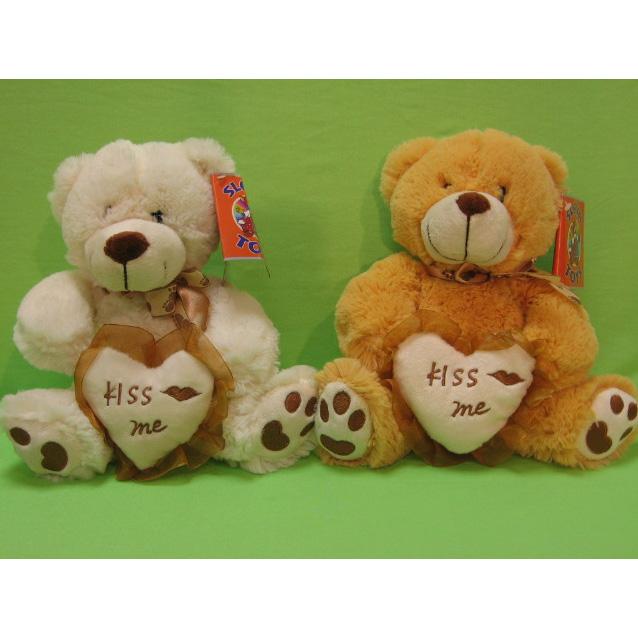 Медведь с сердечком