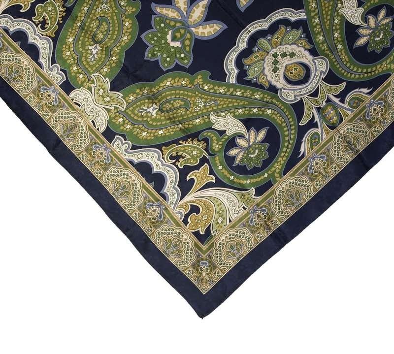 Шелковый платок (Шаль) Клаб Сета