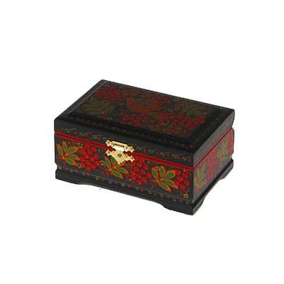 Деревянная шкатулка с хохломской росписью