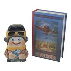 Подарочный штоф Пилот в футляре-книге