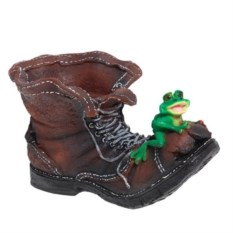 Кашпо Ботинок великана с лягушкой