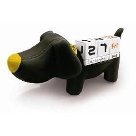 Настольный календарь собачка черная