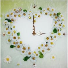 Часы с кристаллами Swarovski Ромашки