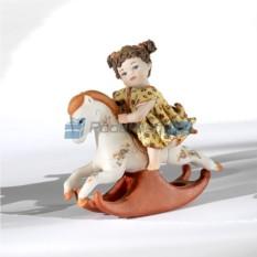Фарфоровая статуэтка Девочка на лошадке