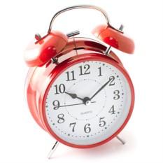 Настольные часы красного цвета