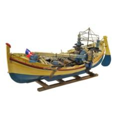 Модель рыбацкой лодки