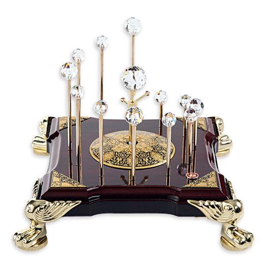Часы-статуэтка «Вселенский разум»