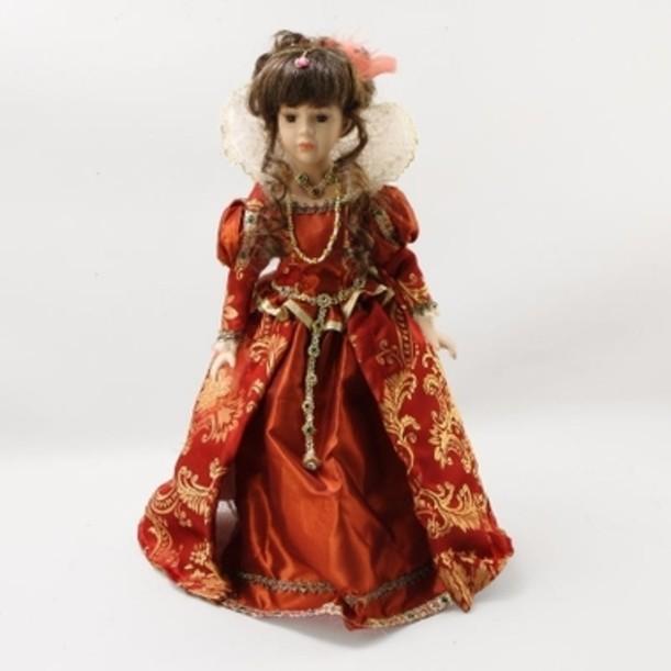 Фарфоровая кукла Королева Марго