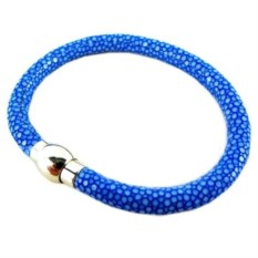 Женский синий браслет из натуральной кожи морского ската