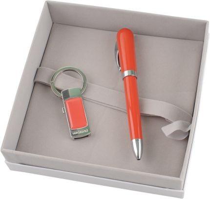 Набор Cacharel: брелок с флеш-картой, шариковая ручка