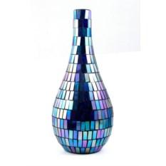 Синяя декоративная ваза в диско стиле