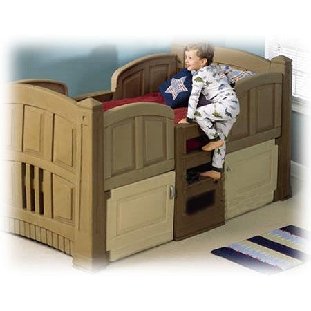 Детская кроватка с лестницей