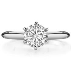 Помолвочное кольцо с муассанитом Diana